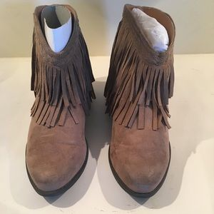 Qupid Women's Taupe Fringe Booties